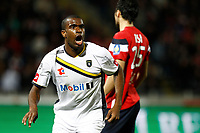 FOOTBALL - FRENCH CHAMPIONSHIP 2011/2012 - L1 - LILLE OSC v FC SOCHAUX - 17/09/2011 - PHOTO CHRISTOPHE ELISE / DPPI - SLOAN PRIVAT (FC SOCHAUX-MONTBELIARD)