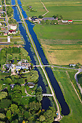 Nederland, Zuid-Holland, Boskoop, 23-05-2011; Kerkvaartpad.Road between two ditches in West Nethelands..luchtfoto (toeslag), aerial photo (additional fee required).copyright foto/photo Siebe Swart