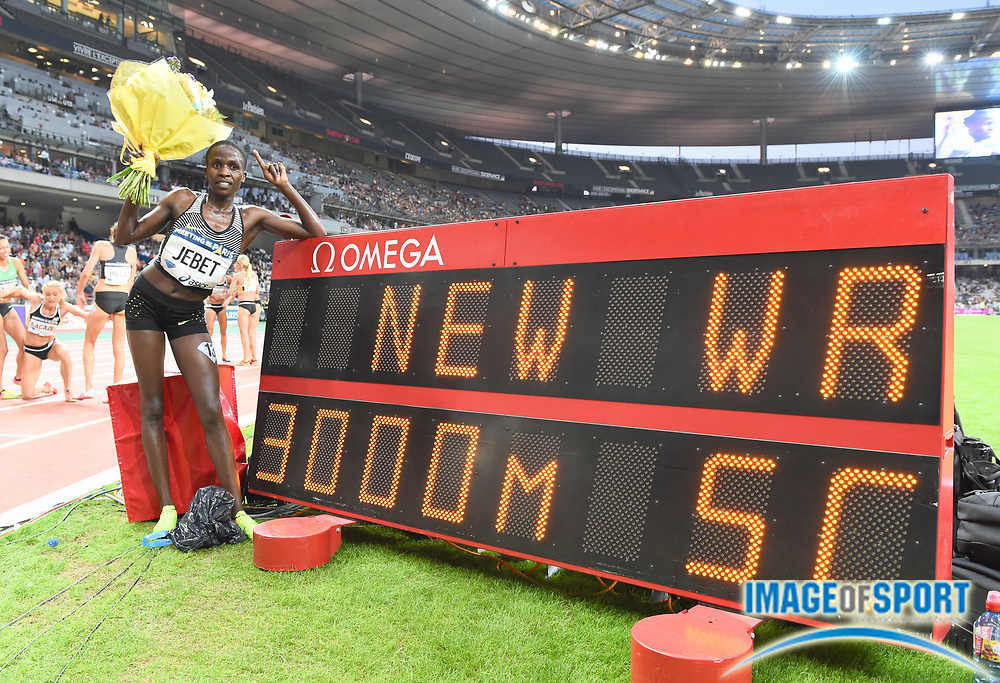 Ruth Jebet (BRN) poses with scoreboard after winning the women's steeplechase in a world record 8:52.78 in the Meeting de Paris during a IAAF Diamond League track and field meet at Stade de France in Saint-Denis, France on Saturday, Aug. 28, 2016. Photo by Jiro Mochizuki