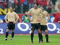 Fotball<br /> Foto: Witters/Digitalsport<br /> NORWAY ONLY<br /> <br /> Bundesliga 2004/2005<br /> v.l. Thomas LINKE - Michael BALLACK - Torsten FRINGS Bayern<br /> Bundesliga Bayer 04 Leverkusen - FC Bayern München 4:1