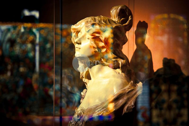 El Peto Perdut®by Lambert Escaler iMila. 1900. Museum Modernism art of Catalonia, Barcelona, Spain ©Carlos Sánchez Pereyra / PILAR REVILLA ©Carlos Sánchez Pereyra / PILAR REVILLA
