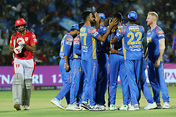 May 8, 2018 - Jaipur, Rajasthan, India - Rajasthan Royals team players celebrate the wicket of Ravichandran Ashwin during the IPL T20 match against Kings XI Punjab at Sawai Mansingh Stadium in Jaipur,Rajasthan,India on 8th May,2018.(Photo By Vishal Bhatnagar/NurPhoto) (Credit Image: © Vishal Bhatnagar/NurPhoto via ZUMA Press)