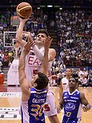 DESCRIZIONE : Milano Lega Basket Serie A 2013-2014 EA7 Emporio Armani Olimpia Milano - Acqua Vitasnella Cantu'<br /> GIOCATORE : Alessandro Gentile<br /> CATEGORIA : tiro penetrazione<br /> SQUADRA : EA7 Emporio Armani Olimpia Milano<br /> EVENTO : Campionato Lega Basket Serie A 2013-2014<br /> GARA : EA7 Emporio Armani Olimpia Milano - Acqua Vitasnella Cantu'<br /> DATA : 06/04/2014 <br /> SPORT : Pallacanestro <br /> AUTORE : Agenzia Ciamillo-Castoria/R.Morgano<br /> Galleria : Lega Basket Serie A 2013-2014