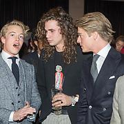 NLD/Amsterdam/20171114 - Esquire's Best Dressed Man 2017, Lucas Hamming en pianospelende tweeling Lucas en Arthur Jussen