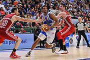 DESCRIZIONE : Campionato 2014/15 Dinamo Banco di Sardegna Sassari - Openjobmetis Varese<br /> GIOCATORE : Jeff Brooks<br /> CATEGORIA : Palleggio Penetrazione<br /> SQUADRA : Dinamo Banco di Sardegna Sassari<br /> EVENTO : LegaBasket Serie A Beko 2014/2015 GARA : Dinamo Banco di Sardegna Sassari - Openjobmetis Varese DATA : 19/04/2015 SPORT : Pallacanestro AUTORE : Agenzia Ciamillo-Castoria/C.Atzori <br /> Predefinita :