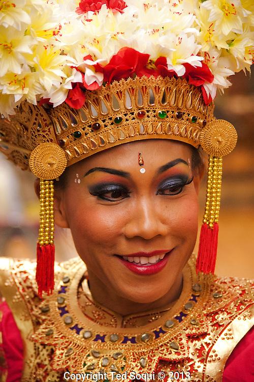 Traditional Indonesian dancing at a CalArts student recital.