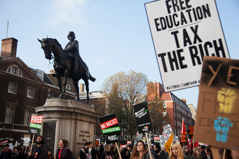 Thousands of students turned out to a march against fees and cuts in the education sector, calling for workers and students to unite against the Government's austerity policies.