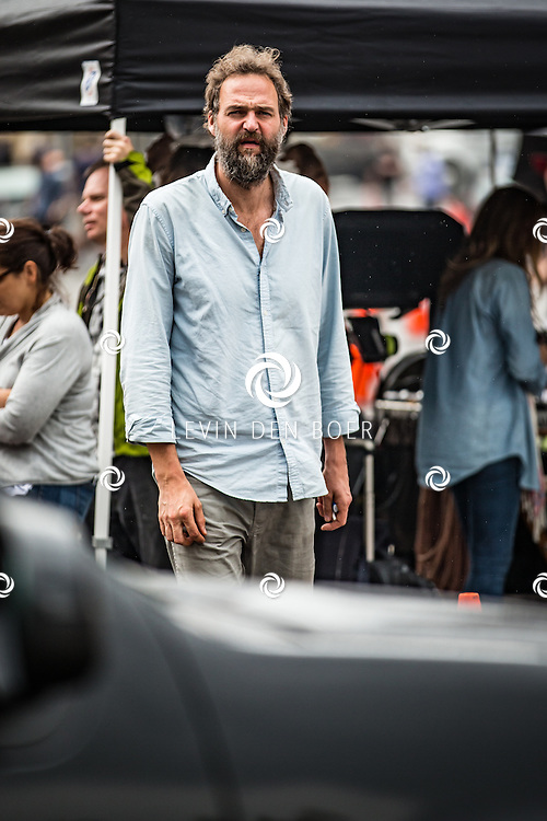 NEW YORK - In de Gansevoort St. op de filmset van 'How To Be Single'. Hier werd een korte scene opgenomen met actrice Alison Brie. De regisseur is Christian Ditter en cameraman Christian Rein. Met hier op de foto Christian Rein. FOTO LEVIN & PAULA PHOTOGRAPHY VOF