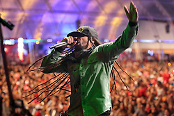 Falcão, vocalista de O Rappa no palco principal do Planeta Atlântida 2014/RS, que acontece nos dias 07 e 08 de fevereiro de 2014, na SABA, em Atlântida. FOTO: Jefferson Bernardes/ Agência Preview