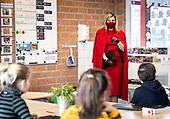 Koningin Maxima bezoekt Basisschool in Oud-Beijerland