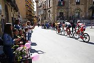 Public illustration during the 101th Tour of Italy, Giro d'Italia 2018, stage 5, Agrigento - Santa Ninfa 152 km on May 9, 2018 in Italy - Photo Luca Bettini / BettiniPhoto / ProSportsImages / DPPI