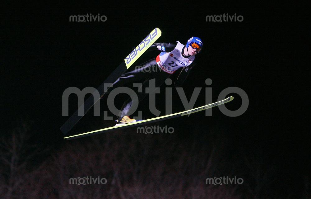 Sapporo , 240207 , Nordische Ski Weltmeisterschaft  Skispringen Grosschanze ,  Harri OLLI (FIN)
