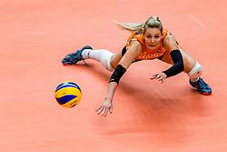 19-10-2018 JPN: Semi Final World Championship Volleyball Women day 18, Yokohama<br /> Serbia - Netherlands / Laura Dijkema #14 of Netherlands