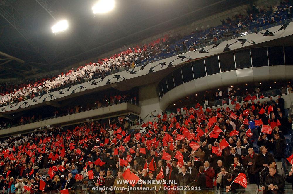 NLD/Amsterdam/20060222 - Voetbal, Champions League, Ajax - FC Internazionale, de tribune met vlaggen