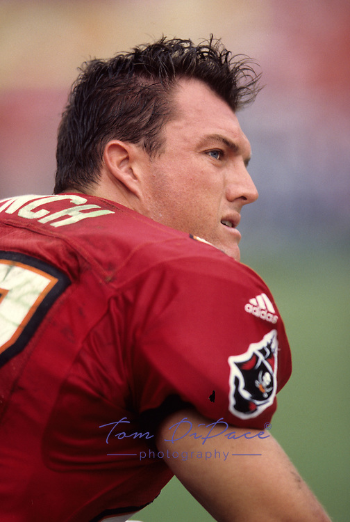 Tampa Bay Buccaneers John Lynch plays in an NFL game Circa 1993-2002<br /> <br /> (Tom DiPace)
