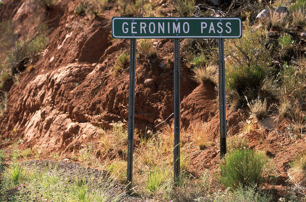 A sign at Geronimo Pass, the Fort Apache Indian Reservation, Arizona, USA. June 2004.