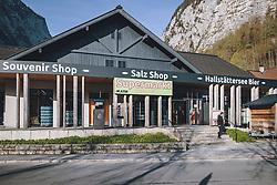 THEMENBILD - Supermarkt während der Corona Pandemie, aufgenommen am 17. April 2019 in Hallstatt, Österreich // Supermarket during the Corona Pandemic in Hallstatt, Austria on 2020/04/17. EXPA Pictures © 2020, PhotoCredit: EXPA/ JFK
