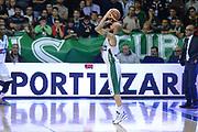 DESCRIZIONE : Avellino Lega A 2013-14 Sidigas Avellino-Pasta Reggia Caserta<br /> GIOCATORE : Valerio Spinelli<br /> CATEGORIA : three points sequenza<br /> SQUADRA : Sidigas Avellino <br /> EVENTO : Campionato Lega A 2013-2014<br /> GARA : Sidigas Avellino-Pasta Reggia Caserta<br /> DATA : 16/11/2013<br /> SPORT : Pallacanestro <br /> AUTORE : Agenzia Ciamillo-Castoria/GiulioCiamillo<br /> Galleria : Lega Basket A 2013-2014  <br /> Fotonotizia : Avellino Lega A 2013-14 Sidigas Avellino-Pasta Reggia Caserta<br /> Predefinita :