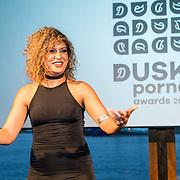 NLD/Amsterdam/20160601 - Uitreiking Porna Awards 2016, presentatrice