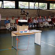 Presentatie conditie boekje sportschool Rebel Huizen