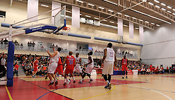 Roy Owen of Bristol Flyers scores against Leeds Force - Photo mandatory by-line: Paul Knight/JMP - Mobile: 07966 386802 - 30/01/2016 - BASKETBALL - SGS Wise Arena - Bristol, England - Bristol Flyers v Leeds Force - British Basketball League