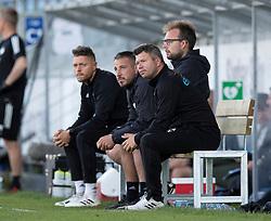 Cheftræner Christian Nielsen (Lyngby Boldklub) forrest, under kampen i 3F Superligaen mellem Lyngby Boldklub og FC København den 1. juni 2020 på Lyngby Stadion (Foto: Claus Birch).