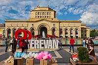 Armenie, Erevan, Place de la Republique (Republic Square), musée d'histoire de l'Armenie // Armenia, Yerevan, Republic Square, History Museum of Armenia