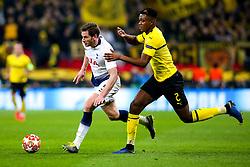 Jan Vertonghen of Tottenham Hotspur takes on Dan-Axel Zagadou of Borussia Dortmund - Mandatory by-line: Robbie Stephenson/JMP - 13/02/2019 - FOOTBALL - Wembley Stadium - London, England - Tottenham Hotspur v Borussia Dortmund - UEFA Champions League Round of 16, 1st Leg