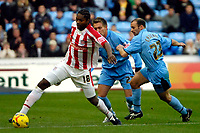 Photo: Ed Godden.<br /> Coventry City v Stoke City. Coca Cola Championship. 02/12/2006. Stoke's Salif Diao (L) surges forward with the ball.