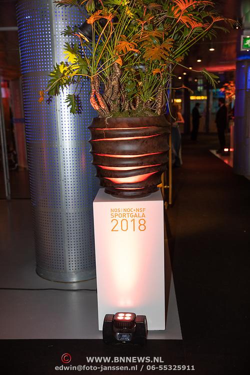 NLD/Amsterdam/20181219 - NOC*NSF Sportgala 2018, aankomst Margriet