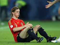 Fernando Torres of Spain (9) getting a hand of Italian player during the UEFA EURO 2008 Quarter-Final soccer match between Spain and Italy at Ernst-Happel Stadium, on June 22,2008, in Wien, Austria. Spain won after penalty shots 4:2. (Photo by Vid Ponikvar / Sportal Images)