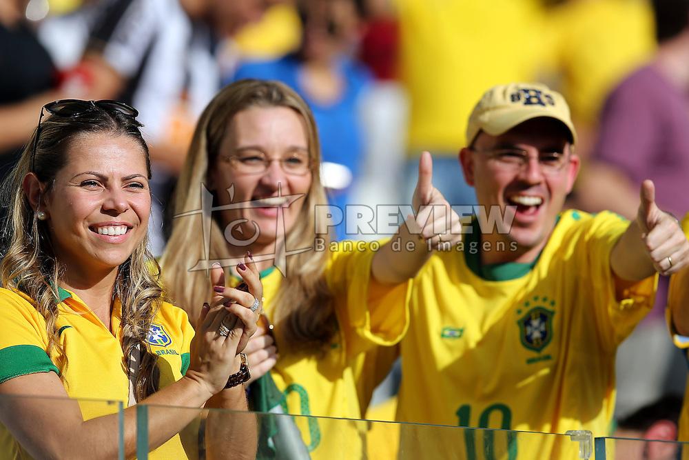 Torcida brasileira na partida entre Brasil e Uruguai válida pela Copa das Confederações 2013, no Estádio Mineirão, em Belo Horizonte-MG. FOTO: Jefferson Bernardes/Preview.com