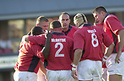 Leicester, Welford Road, Leicestershire, 30/09/2001, Chris WYATT, facing, players huddle, during the,  Heineken Cup, match, Leicester Tigers vs Llanelli, Heineken Cup,<br /> [Mandatory Credit: Peter Spurrier/Intersport Images],<br /> Leicester Tigers v Llanelli Euro Cup  <br /> 29/9/01