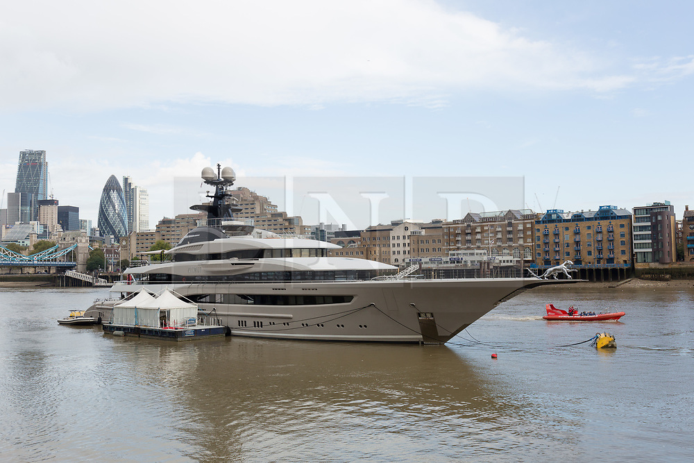 © Licensed to London News Pictures. 01/10/2016. LONDON, UK.  The Super-yacht Kismet on the River Thames in London. Kismet is 308 feet long and is owned by Pakistani-American billionaire Shahid Khan, who has reportedly made an £800 million bid to buy Wembley Stadium. Photo credit: Vickie Flores/LNP