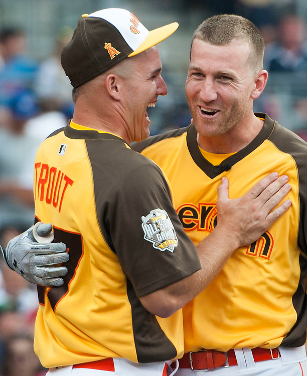 The Angels Mike Trout jokes around with the White Sox' Todd Frazier during the 2016 Home Run Derby at Petco Park in San Diego on Monday.<br /> <br /> ///ADDITIONAL INFO:   <br /> <br /> derby.0712.kjs  ---  Photo by KEVIN SULLIVAN / Orange County Register  -- 7/11/16<br /> <br /> The 206 MLB All-Star Game at Petco Park in San Diego. <br /> <br /> Villa Park native and former Angel Mark Trumbo competes in the Home-run Derby.