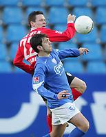 Fotball, 19. februar 2005, vorn Zvjezdan MISIMOVIC Bochum, Sascha RIETHER<br /> Bundesliga VfL Bochum - SC Freiburg