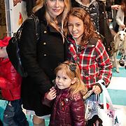 NLD/Amsterdam/20101114 - Premiere kinderfilm Dik Trom, Elle van Rijn en kinderen