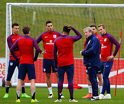 England Manager Roy Hodgson speaks to his players - Mandatory byline: Matt McNulty/JMP - 22/03/2016 - FOOTBALL - St George's Park - Burton Upon Trent, England - Germany v England - International Friendly - England Training and Press Conference