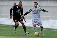 Fotball<br /> 12. Mars 2011 <br /> Treningskamp<br /> Varden Amfi , Bergen<br /> Løv-Ham v Sogndal 0 - 2<br /> Per Egil Flo (L) , Sogndal<br /> Endre Hansen (R) , Løv-Ham<br /> Foto: Astrid M. Nordhaug