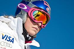 23.01.2011, Tofana, Cortina d Ampezzo, ITA, FIS World Cup Ski Alpin, Lady, Cortina, SuperG, im Bild Lindsey Vonn (USA, #18) // Lindsey Vonn (USA) during FIS Ski Worldcup ladies SuperG at pista Tofana in Cortina d Ampezzo, Italy on 23/1/2011. EXPA Pictures © 2011, PhotoCredit: EXPA/ J. Groder