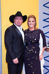 November 2, 2016 - Nashville, Tennessee, USA - Garth Brooks and Trisha Yearwood on the red carpet at the 50th Annual CMA Awards that took place at the Bridgestone Arena in downtown Nashville, Tennessee. (Credit Image: © Jason Walle via ZUMA Wire)