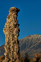 Mono Lake, South Tufa Area. Image taken with a Nikon D3 camera and 200 mm f/2 lens (ISO 200, 200mm, f/16, 1/320 sec).