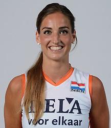 21-05-2014 NED: Selectie Nederlands volleybal team vrouwen, Arnhem<br /> Op Papendal werd het Nederlands team volleybal seizoen 2014-2015 gepresenteerd / Myrthe Schoot