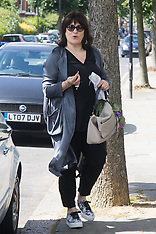 2016-07-03 Sarah Vine arrives home as husband Gove attends Andrew Marr Show