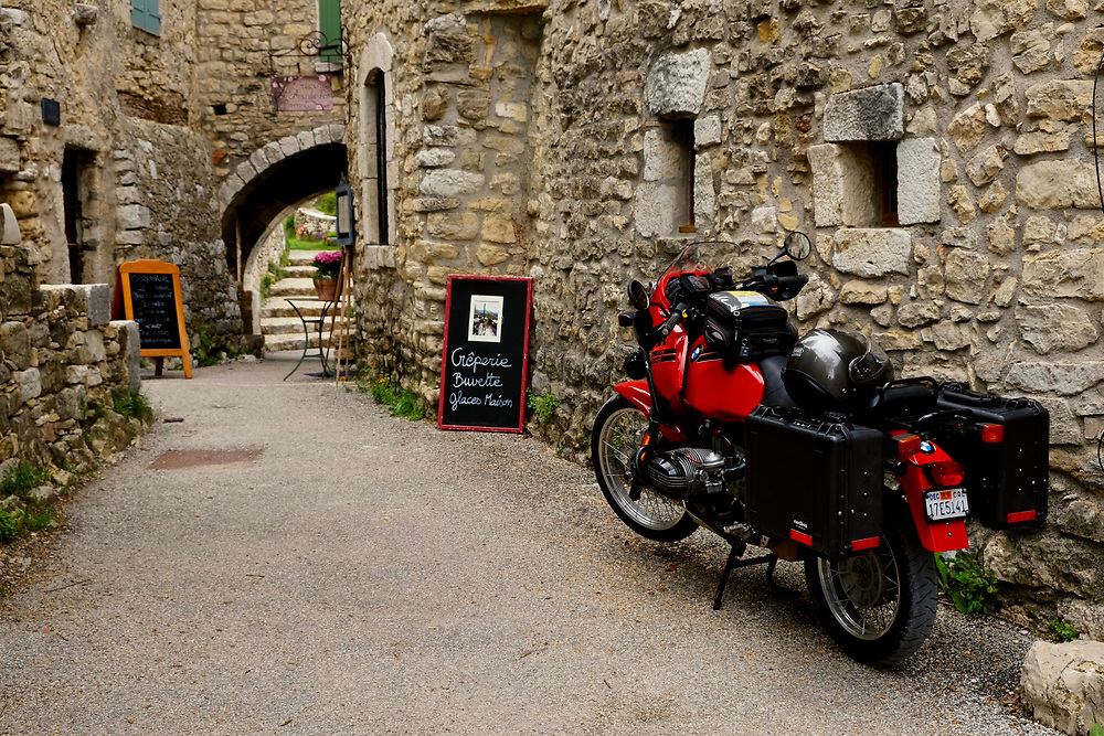 Where else beyond Europe can one stop for lunch in a medieval village?  Here in the South of France we enjoyed a lunch of savory crepes and an elegant dessert, this time in Trigance,  east of the Gorges du Verdon.