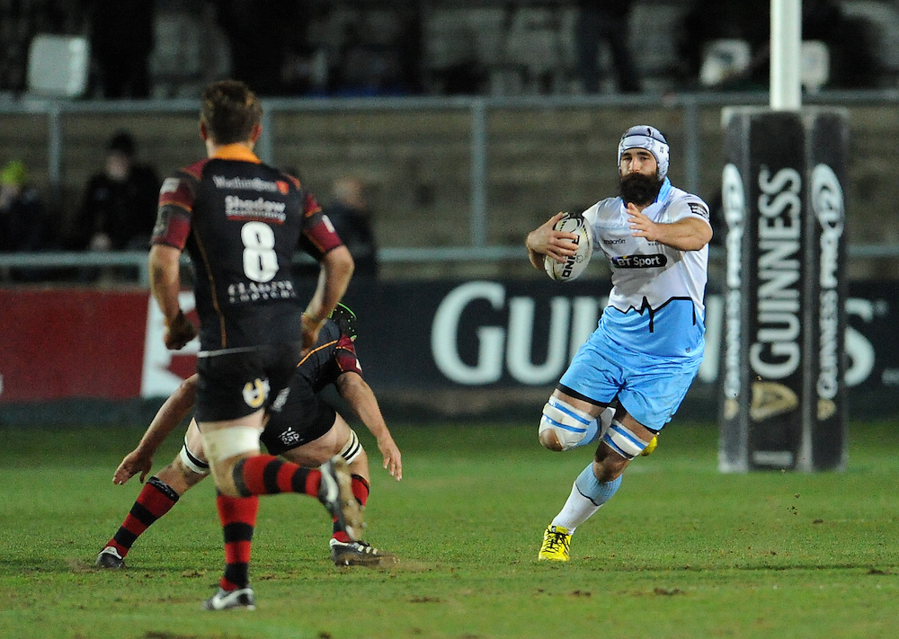 Glasgow Warriors' Josh Strauss in action during todays match<br /> <br /> Photographer Ian Cook/CameraSport<br /> <br /> Rugby Union - Guinness PRO12 Round 16 - Newport Gwent Dragons v Glasgow Warriors - Thursday 25th February 2016 - Rodney Parade - Newport<br /> <br /> © CameraSport - 43 Linden Ave. Countesthorpe. Leicester. England. LE8 5PG - Tel: +44 (0) 116 277 4147 - admin@camerasport.com - www.camerasport.com