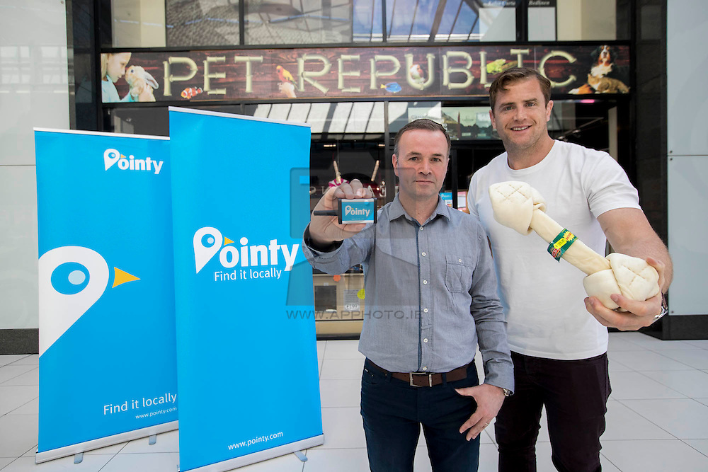 Repro Free: Business savvy Jamie Heaslip has invested in an Irish app that's helped over 150,000 people find products in local shops. This week, Brian Stenson owner of Pet Republic in Finglas received a surprise visit from Jamie as he tested the Pointy app to go shopping for his dog JayZ. Picture Andres Poveda