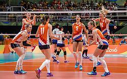 16-08-2016 BRA: Olympic Games day 11, Rio de Janeiro<br /> De Nederlandse volleybalsters staan in de olympische halve finales. In een overtuigende wedstrijd, waarin alleen de derde set werd verloren, was Oranje te sterk voor Zuid-Korea: 25-19, 25-14, 23-25 en 25-20 / Debby Stam-Pilon #16, Laura Dijkema #14, Anne Buijs #11, Lonneke Sloetjes #10, Robin de Kruijf #5, Judith Pietersen #8, Maret Balkestein-Grothues #6