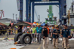 November 3, 2018 - Norht Jakarta, Jakarta, Indonesia - Jakarta, Indonesia, 03 November 2018 : Wheel from Lion Air Plane Crash Wheel retrieved at Tanjung Priok Harbour-Jakarta. Indonesian Navy Millitary founded the wheel at Karawang sea during the searching for the fuselage of the air plane. (Credit Image: © Donal Husni/ZUMA Wire)