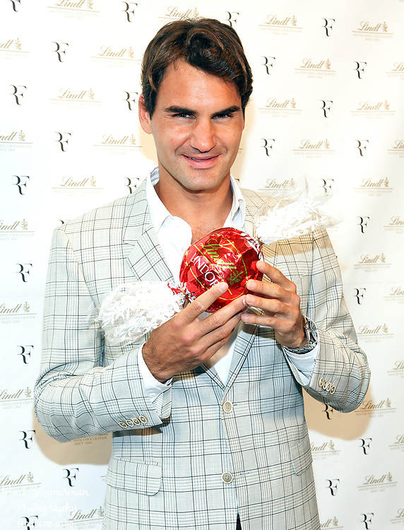 NEW YORK, NY - AUGUST 23:  Roger Federer attends the Lindt Premium Chocolate party at Lindt Chocolate Shop on August 23, 2012 in New York City.  (Photo by Paul Zimmerman/WireImage)